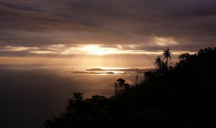 Nouvelle Calédonie - Coucher de soleil sur Nouméa