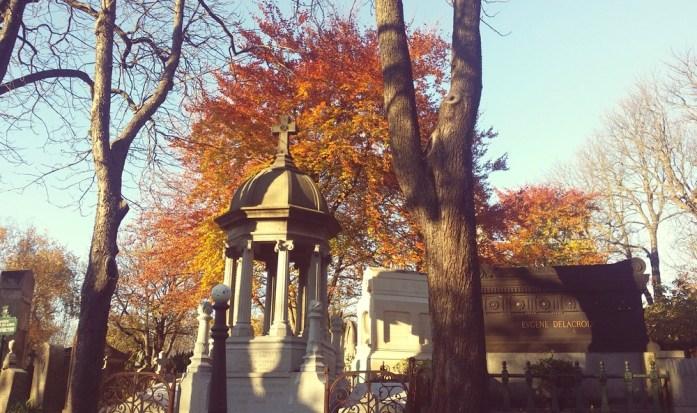 Paris - le cimetière du Père Lachaise en automne