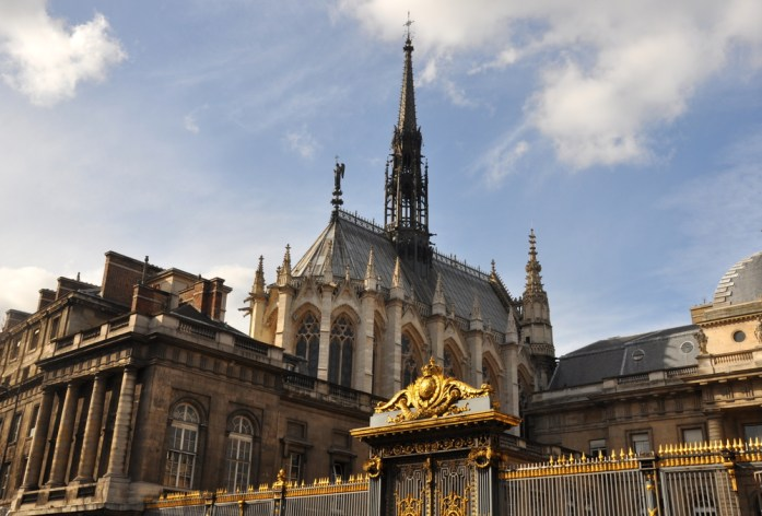 Paris - La Sainte Chapelle vue de l'extérieur