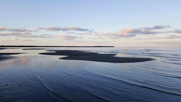 Nouvelle Calédonie - plage de Pouébo