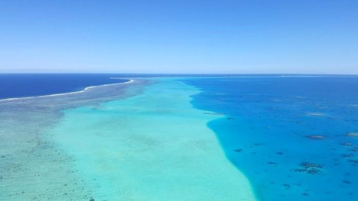 Nouvelle Calédonie - survol du lagon
