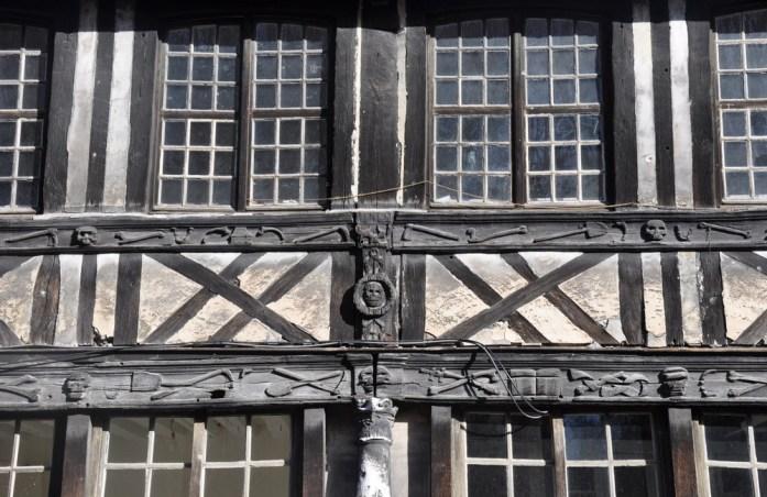 Un week-end à Rouen : colombages de l'aître Saint Maclou