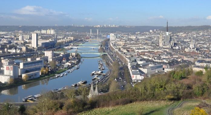 Rouen vue depuis la colline Sainte Catherine