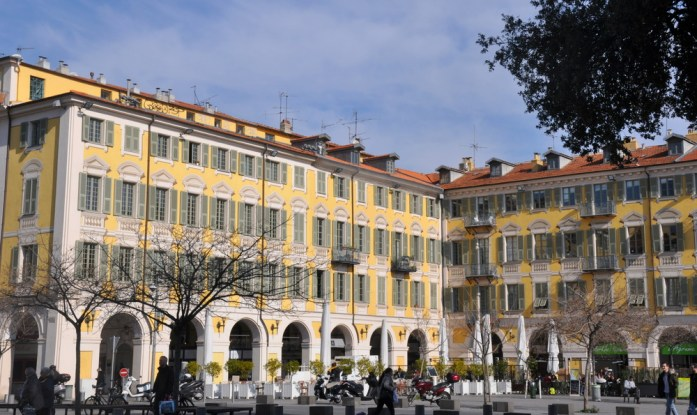 Visiter Nice en un week-end : place Garibaldi