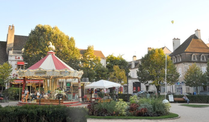 Visiter Beaune - place Carnot
