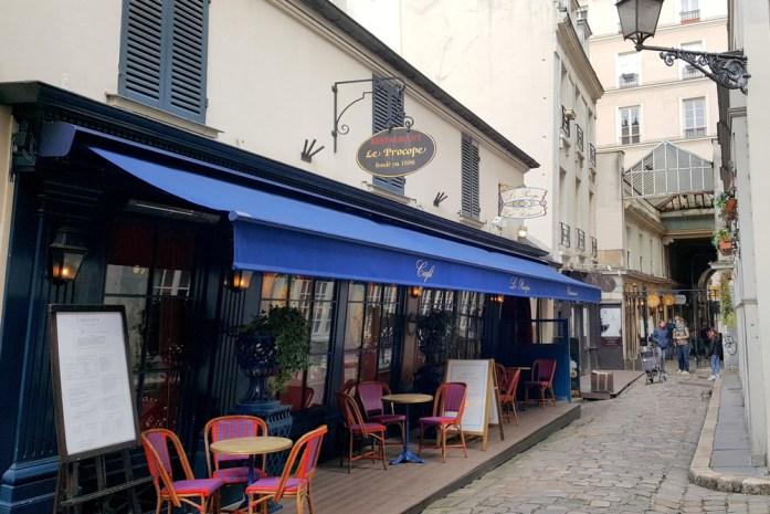 Paris en records - plus ancien café