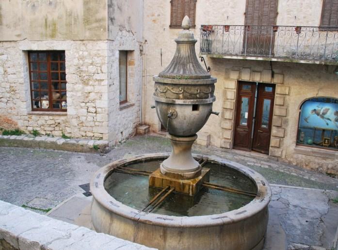 Saint Paul de Vence - fontaine