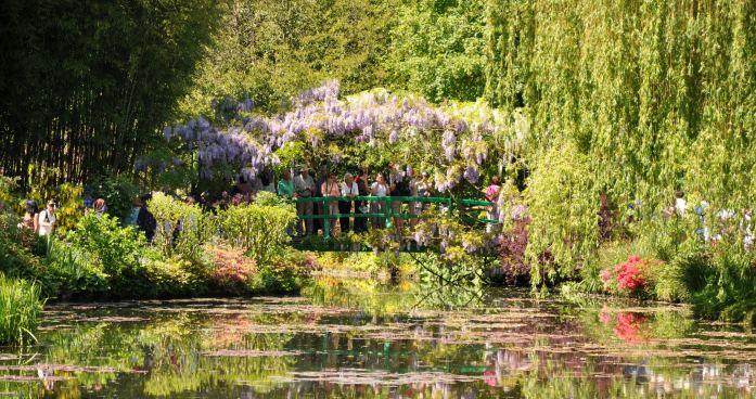 Jardin de Monet à Giverny - pont du bassin aux nymphéas