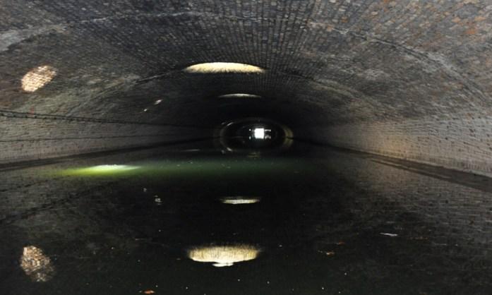 Que faire à Paris en automne - tunnel du Canal Saint Martin
