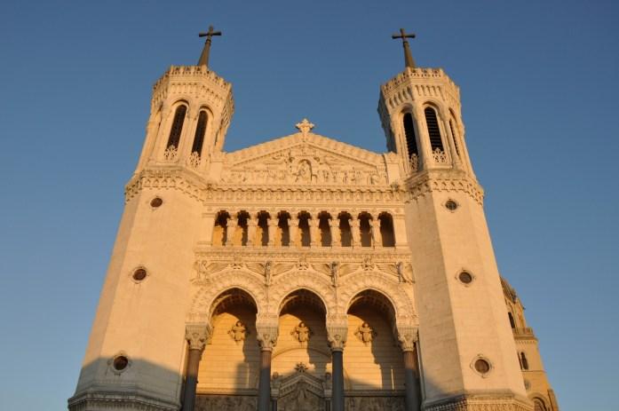 La Marinière en Voyage - Façade de la basilique de Fourvière
