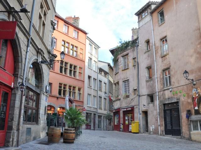 La Marinière en Voyage - Place à Saint Georges dans le Vieux Lyon
