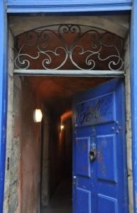 Porte de traboule dans le Vieux Lyon