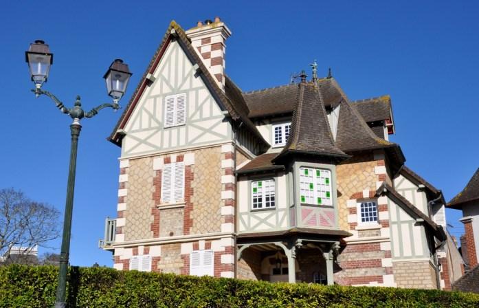 Jolies villas normandes à Cabourg
