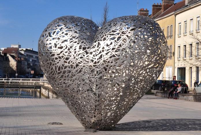 Sculpture cœur de Troyes