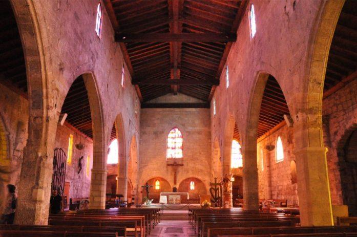 Camargue : église d'Aigues-Mortes