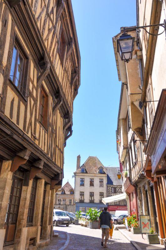 Semur en Auxois - Blog La Marinière en Voyage