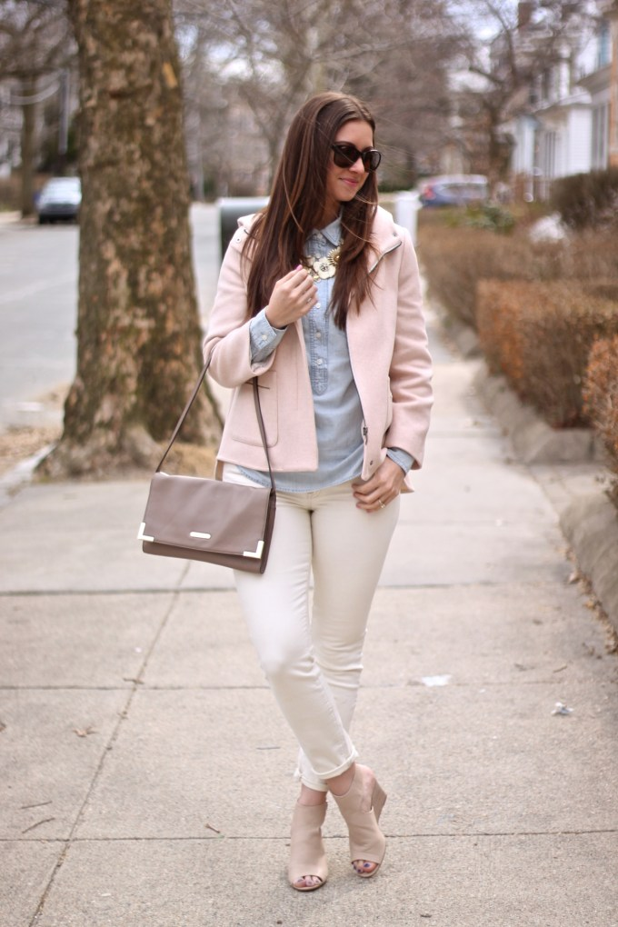 Spring Neutrals: Peach Coat & Cream Jeans &