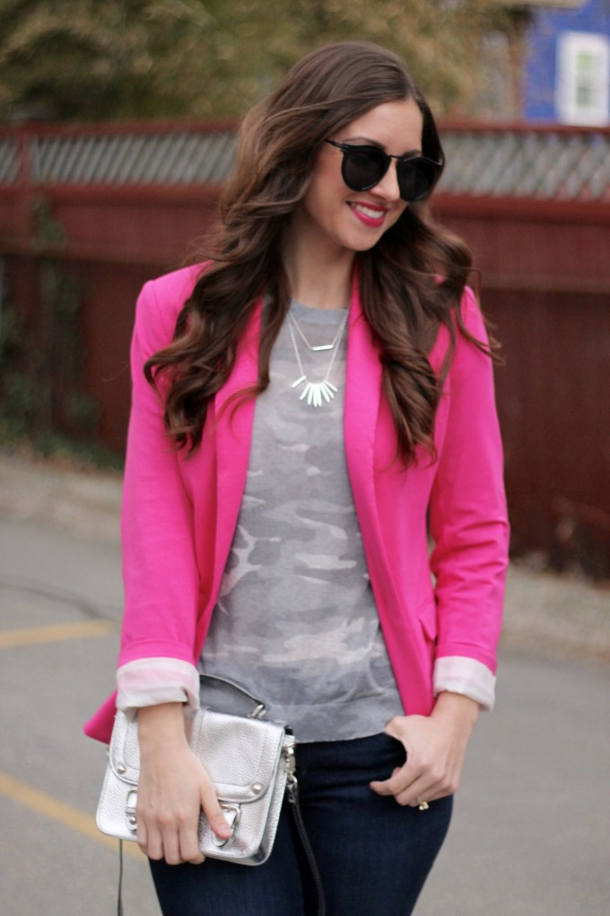 Casual Friday Look: Pink Blazer, Jeans and Platform Sneakers