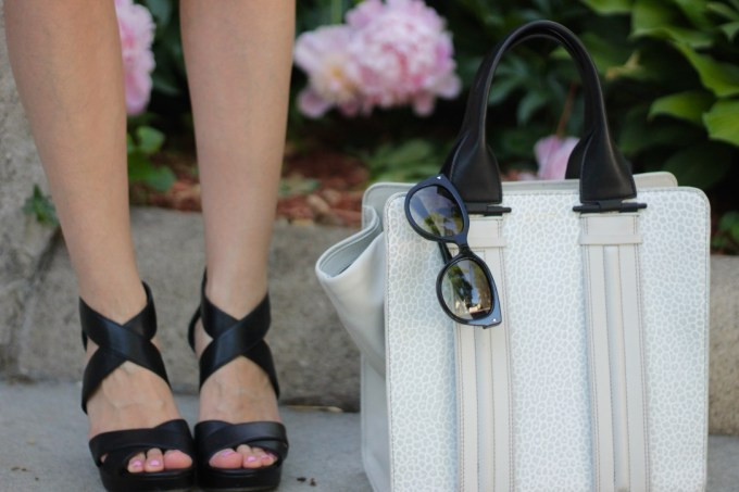 Jessica Simpson Wedges and Pour La Victoire Colorblock Bag