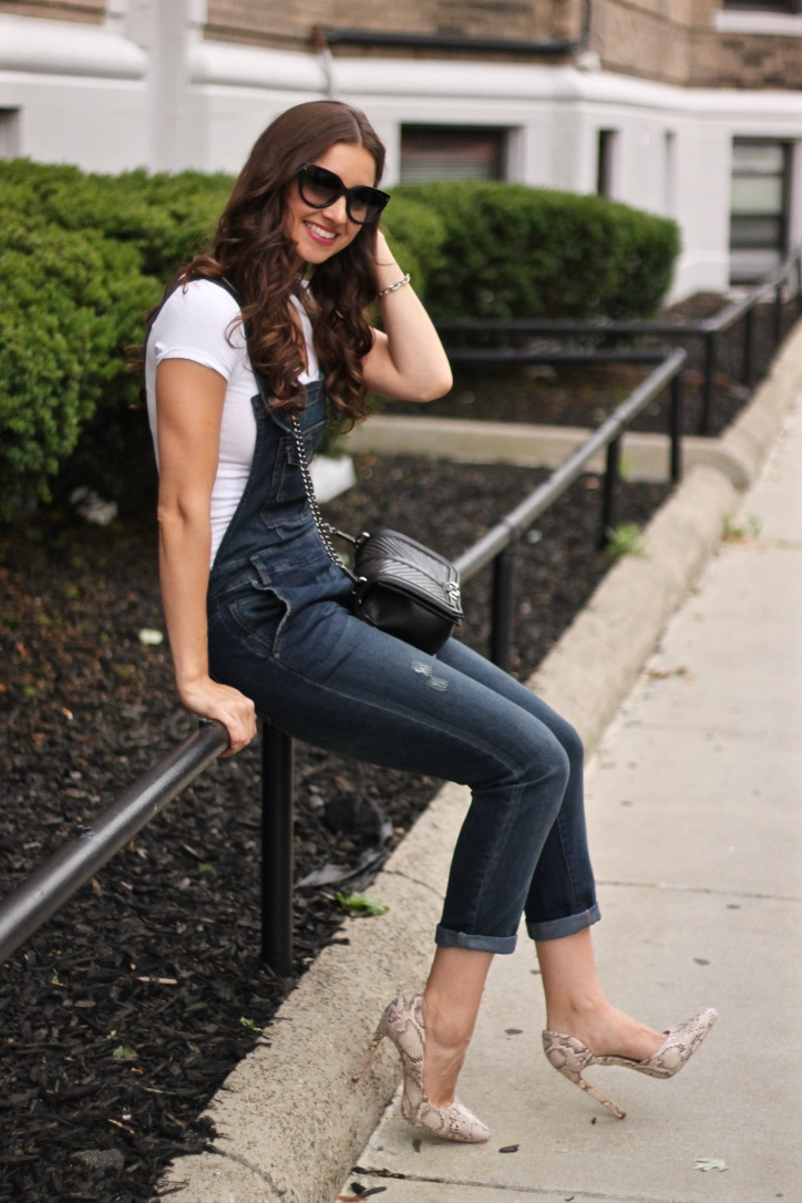 Why You Need Overalls In Your Closet Now La Mariposa By