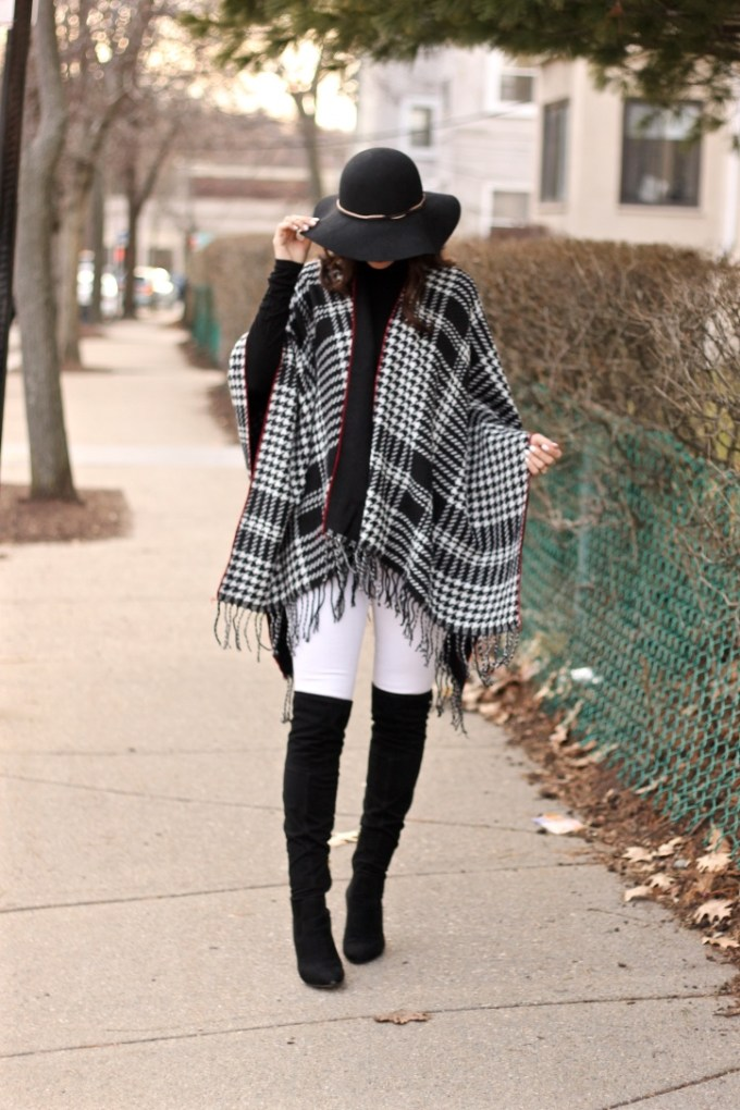 la mariposa, Charming Charlie Houndstooth Poncho, Black and white winter outfit