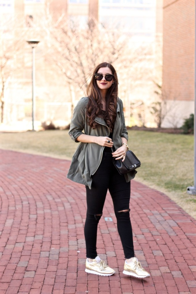 H&M Olive Green Parka with Hood, Casual Green Parka, Styling Tennis Shoes, Gold Reebok Classics