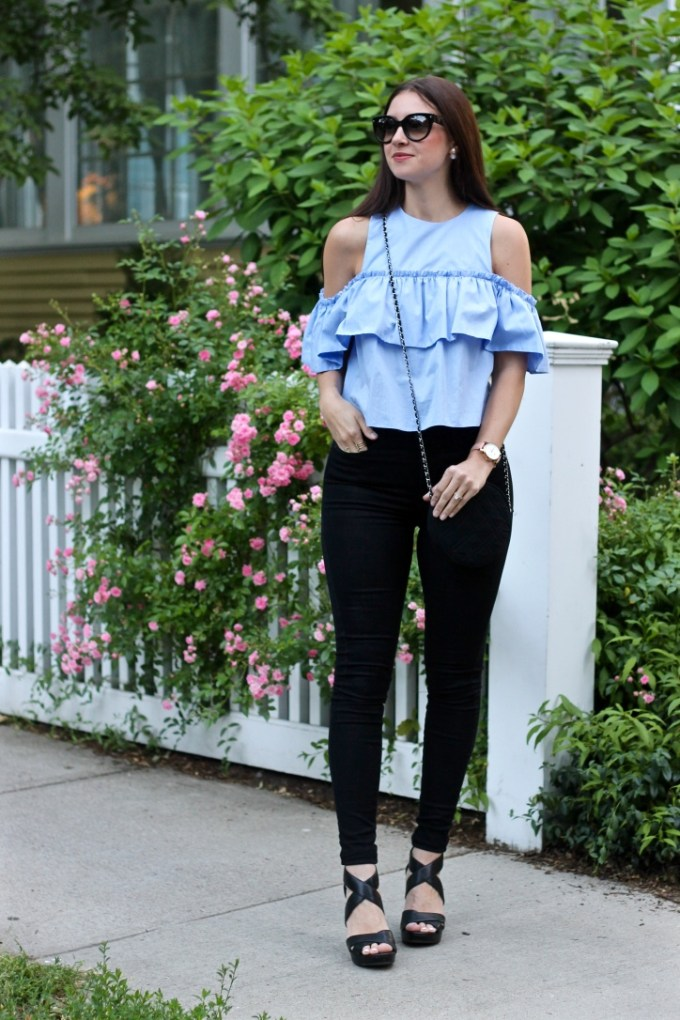 La Mariposa Summer Style: High-waisted Jeans, Zara Blue Ruffled Off-the-shoulder Ruffled Crop Top