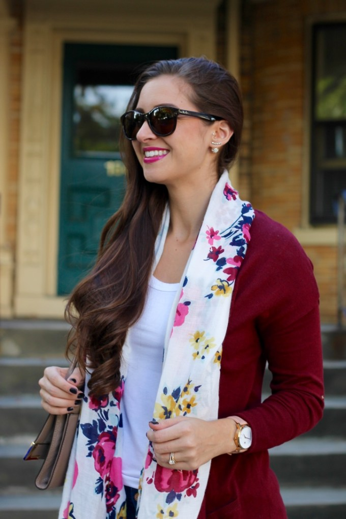 50 States 50 Styles Old Navy Campaign, Fall FLoral Outfit, Maroon Long Open Cardigan