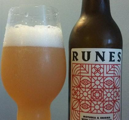 Runes Motueka & Enigma with Lupulin Powder de Bellwoods (Toronto)