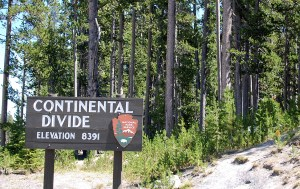dividing -Yellowstone, Continental divide sign