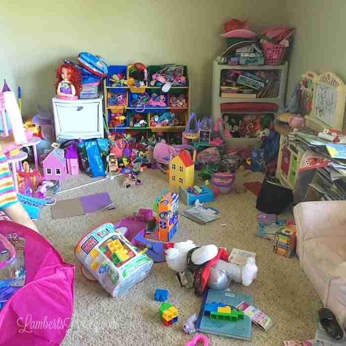 This post has great ideas for how to organize a playroom in ways that allow children to enjoy. Includes tips and tricks for grouping toys, DIY printable labels, and how to set up your room for success.