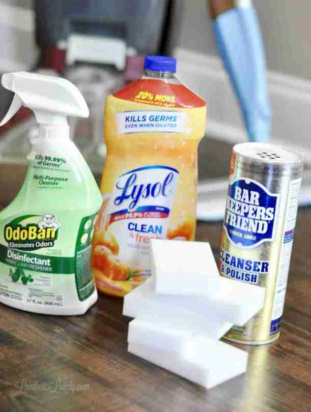 This list of everyday household cleaning supplies has products you will use on a daily & weekly basis to keep your home tidy! Includes ideas for cleaning the kitchen, bathroom, floors, and home exterior.