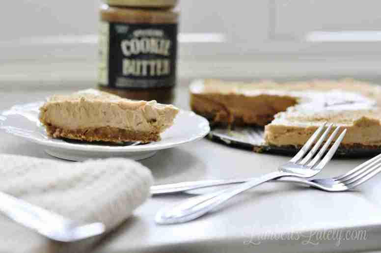 This No Bake Cookie Butter Pie takes the popular Trader Joe's Speculoos Cookie Butter to a whole new level! With a ginger snap crust and creamy filling, everyone will love this dessert recipe.