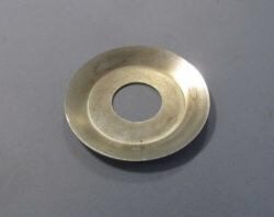 Drive side crankshaft oil throw washer