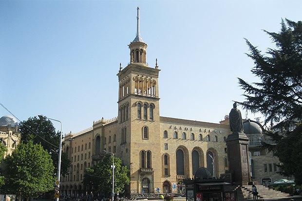 3 прогулочных маршрута по Тбилиси . Изображение №25.
