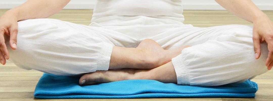 Les différentes positions de Méditation au sol en détail