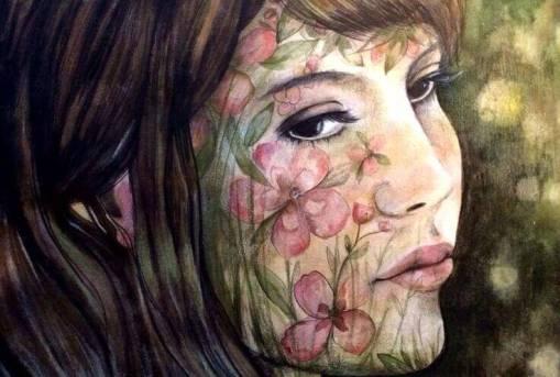 volto donna ricoperto di fiori