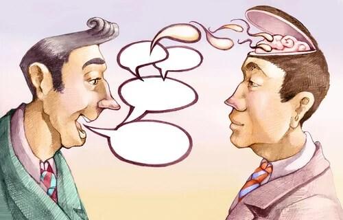 Hombre hablando y manipulando conversación con amigo
