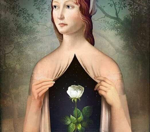 Mujer rosa en el pecho simbolizando lo que dices con corazón