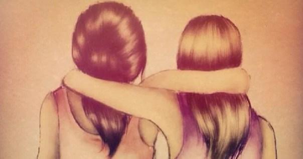 Amigas unidas por un abrazo