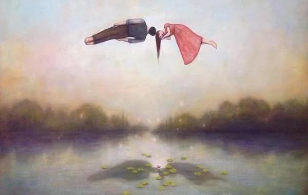 pareja en el aire dejando pasar el tiempo
