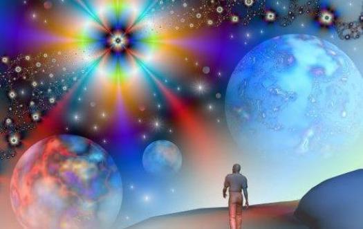 persona caminando universo