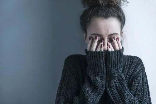 Mulher com esquizofrenia