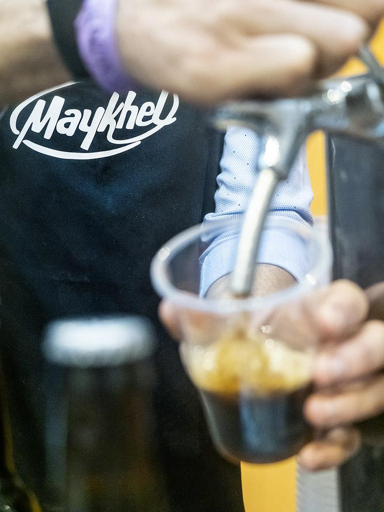 mesa-habla-chocolates-maykhel