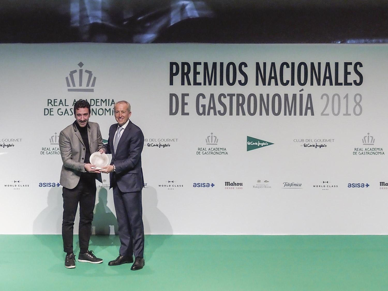 premios-nacionales-de-la-gastronomia-2018-eneko-atxa-mesa-habla
