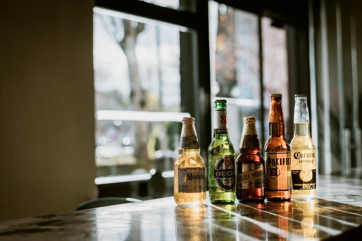 iztac-restaurante-mesa-habla-cervezas-mexicanas