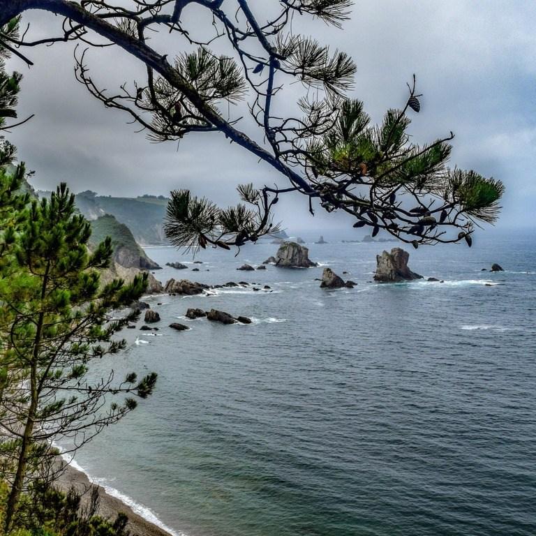 mesa-habla-asturias-paraiso
