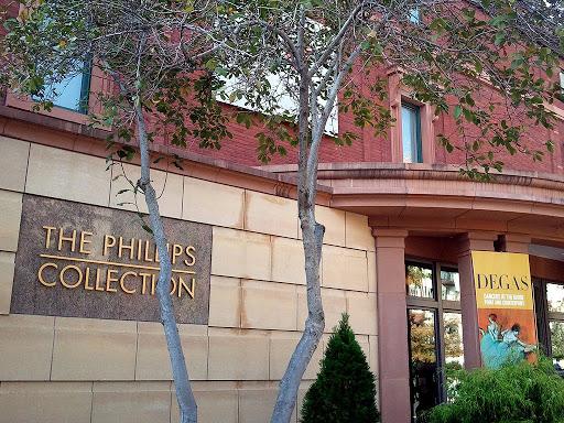 mesa-habla-museo-coleccion-phillips