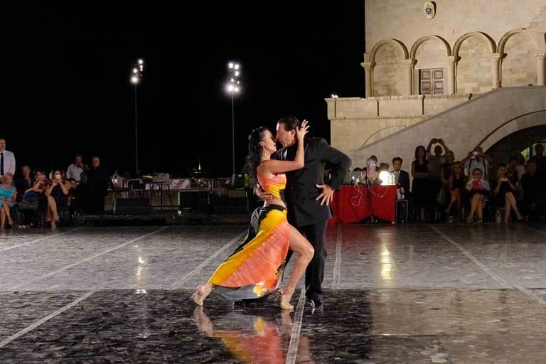 """Esplode la """"tango mania"""" nella città di Trani dall'11 al 14 Luglio"""