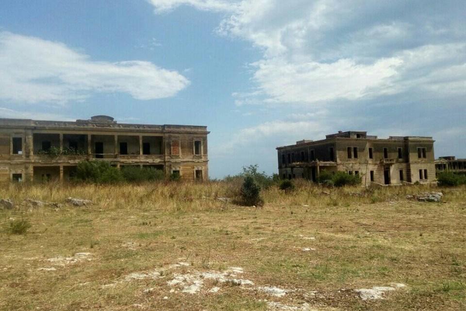 La Puglia e il fascino delle Masserie abbandonate e degli edifici dismessi